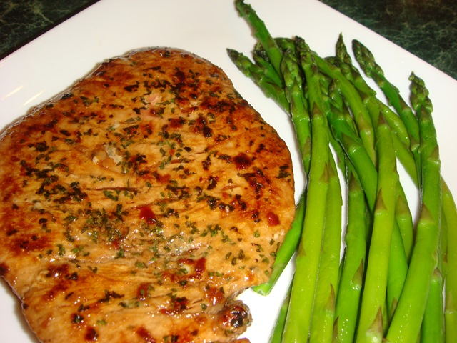 Spicy Pan Seared Tuna Steaks No Empty Chairs