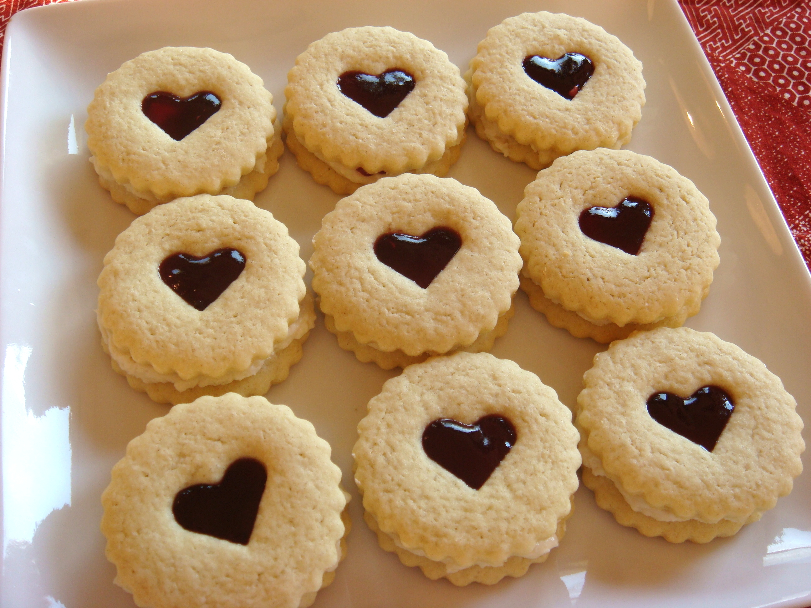 Raspberry Almond Linzer Cookies Recipe | No Empty Chairs