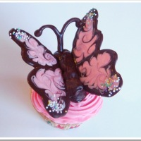 How To . . . Make Butterfly Cupcakes (and a totally delicious frosting!)