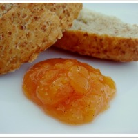 Low Sugar Peach Vanilla Jam
