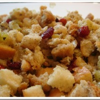 Thanksgiving: Roasted Garlic Stuffing