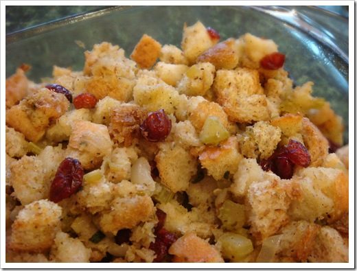 Thanksgiving: Roasted Garlic Stuffing | No Empty Chairs