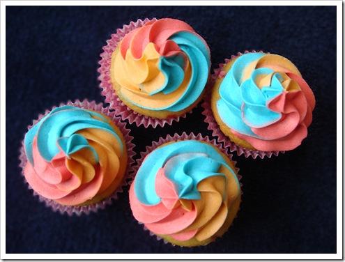 Rainbow Cupcakes 063-1