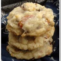 Twelve Days of Christmas Cookies: Almond Joy Cookies