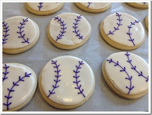 Softball Cookies 1