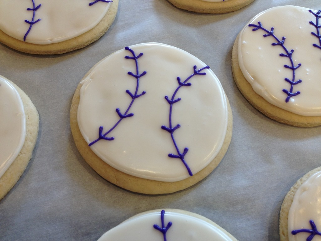 how to make softball cookies
