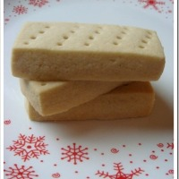 Fifth Annual Twelve Days of Christmas Cookies Round-up