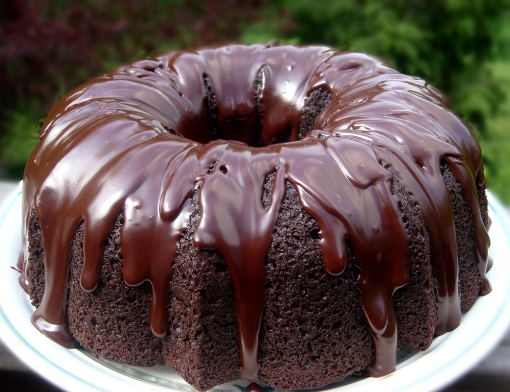 Triple Chocolate Bundt Cake with Chocolate Ganache Glaze | No Empty ...
