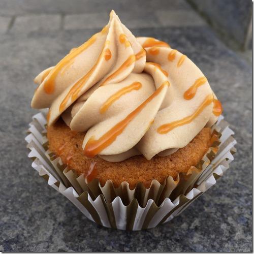 Caramel Pumpkin Cupcakes 3