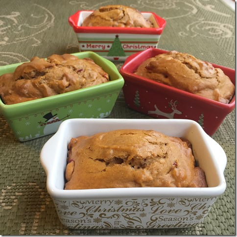 Pumpkin Cranberry Bread Pans 1