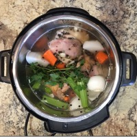 Instant Pot Chicken Stock/Bone Broth