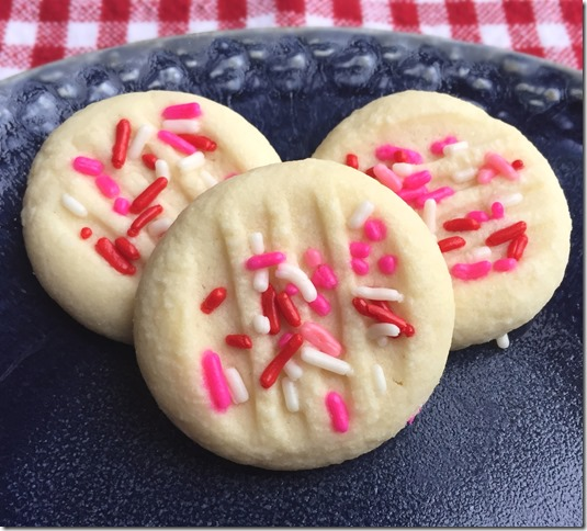 Valentine Whipped Shortbread Cookies 1